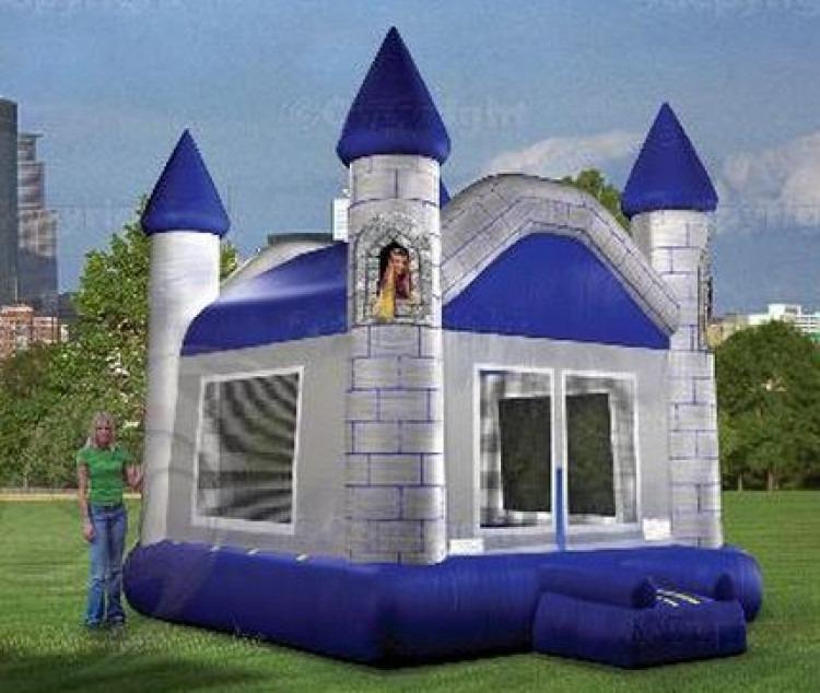 Castle Jumphouse