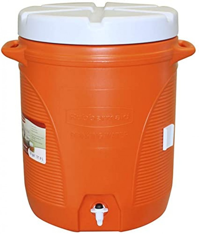 10 Gallon Water Container / Cooler w/spigot