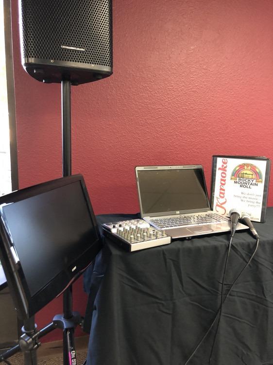 """Karaoke Laptop System with one 10"""" speaker"""